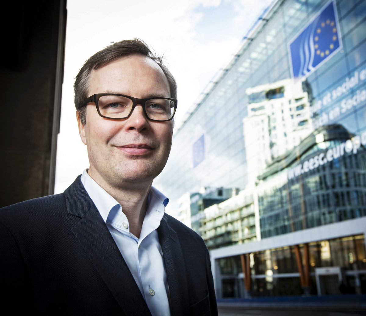 Aleksi Kuusisto ajaa palkansaajien asiaa Brysselissä.