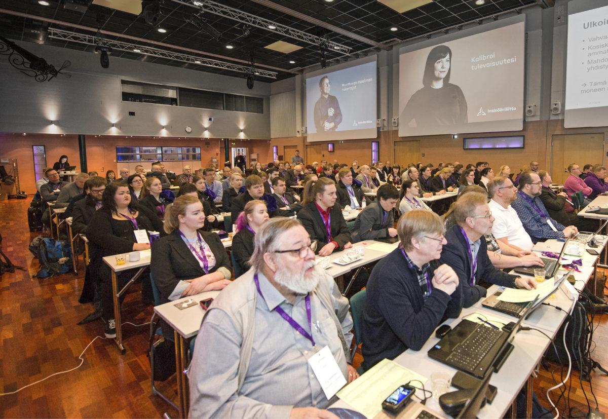 Järjestöjohdon neuvottelupäivät olivat tammikuussa Oulussa. Käsiteltäviä aiheita olivat muun muassa tutustuminen jäsenjärjestöjen palvelutasoihin sekä liiton brändityö ja uusi visuaalinen ilme. Kuva: Jarmo Ollila