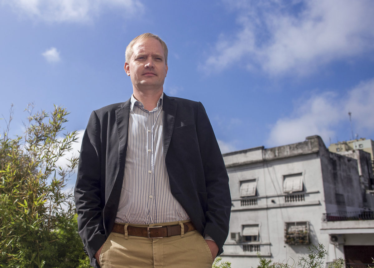 Jaakko Hämeenniemen mielestä perheellisen pitää vähentää ulkomaankomennuksia, kun  lapset kasvavat kouluikään.