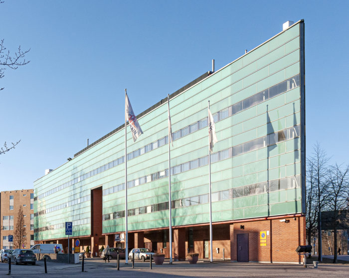 Saint-Gobain Weberin konttori  sijaitsee Helsingin Pitäjänmäellä.