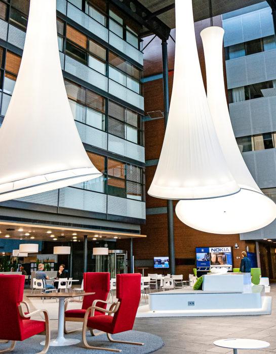 Nokian säästöohjelma tyhjentää pian toimistorakennuksen Espoon Karaportista.