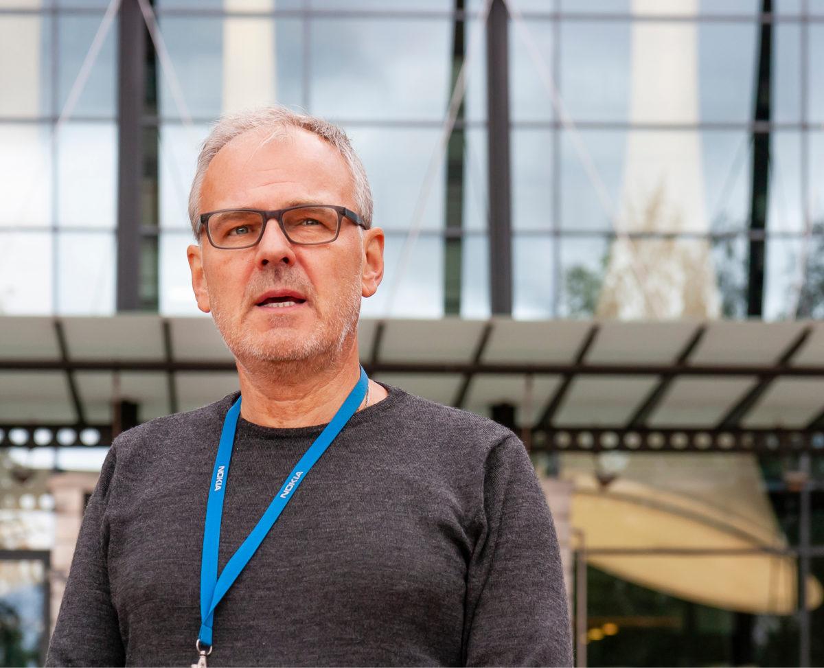 Markku Mäki on hallintoedustus- elimessä kuullut johtajia muun  muassa säästöohjelmasta.