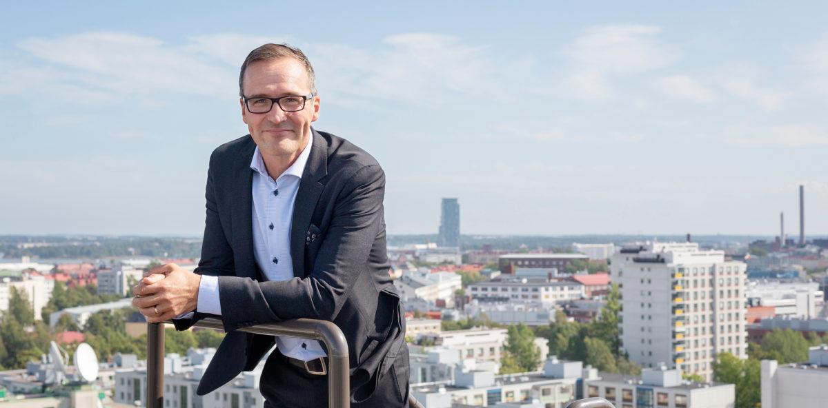 – Eläketurvaa voin puhtain rinnoin puolustaa, sanoo Eläketurvakeskuksen toimitusjohtajan tehtävissä kesällä aloittanut Mikko Kautto.