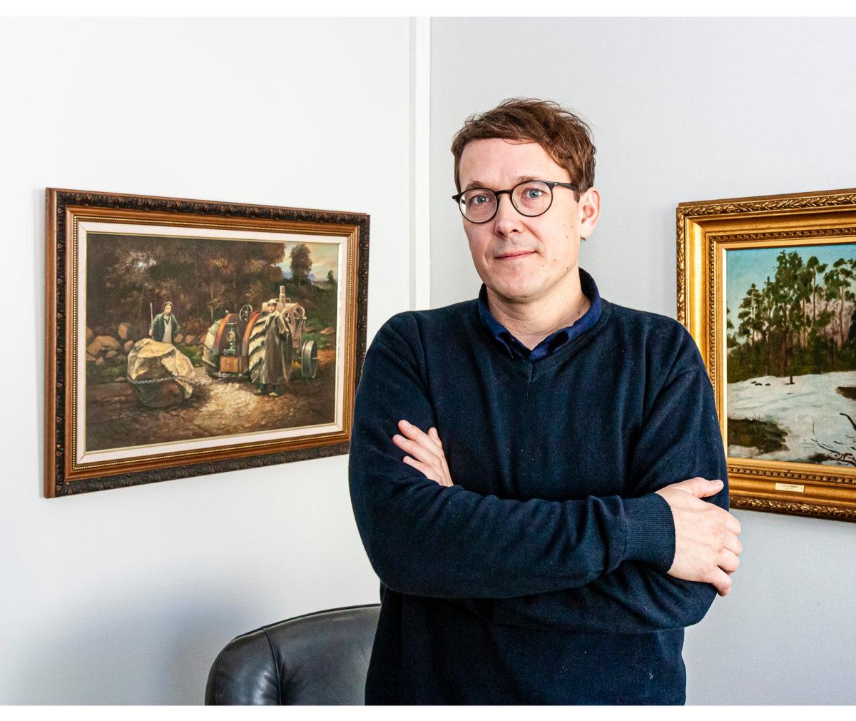 Tutkija Sampsa Kaatajan mukaan insinöörin asema suomalaisen työn kentällä on sadan vuoden aikana muuttunut.