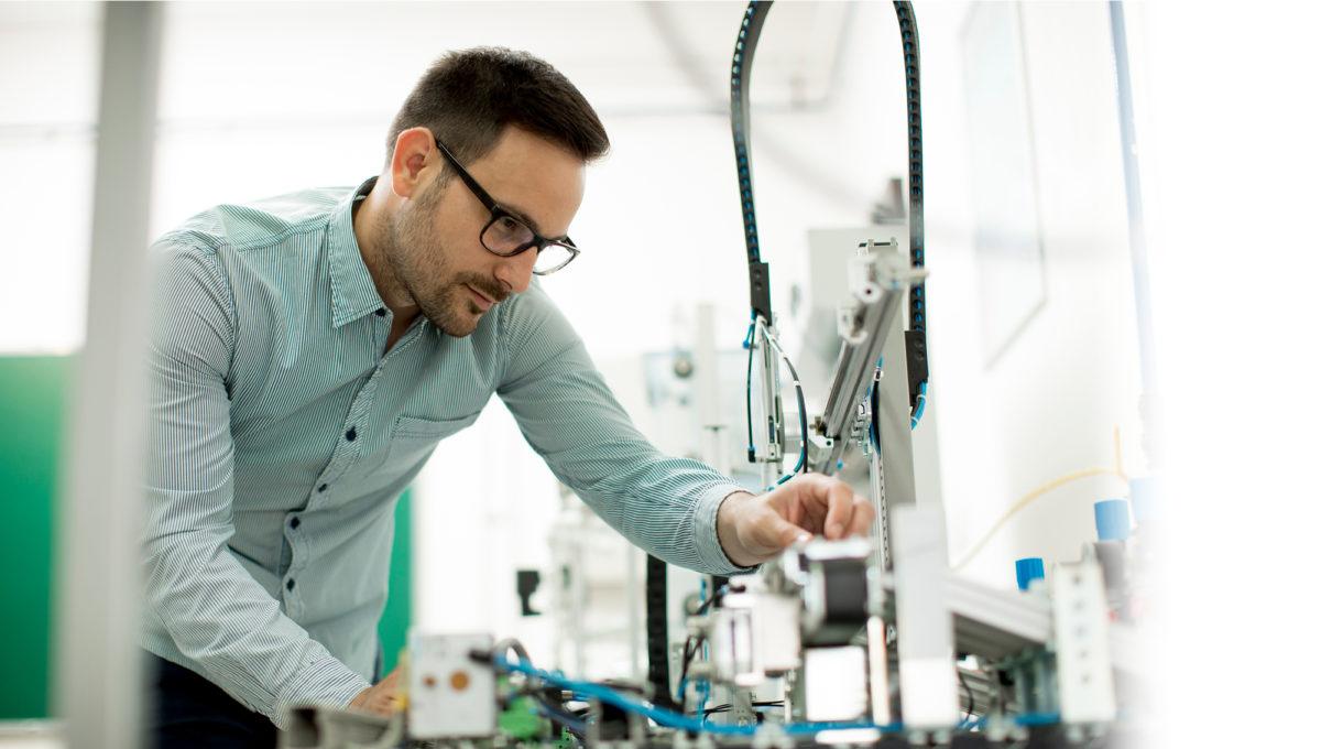 Suomessa on osaavia insinöörejä,  joille täytyy antaa mahdollisuus  kiriä jälleen edelläkävijöiksi.