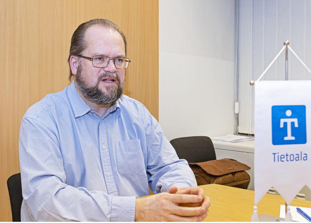 – Meillä on oma paikkamme ja tehtävämme liittoyhteisössä, sanoo vuonna 2011 Insinööriliiton jäsenyhdistykseksi tulleen Tietoalan puheenjohtaja  Jyrki Kopperi.