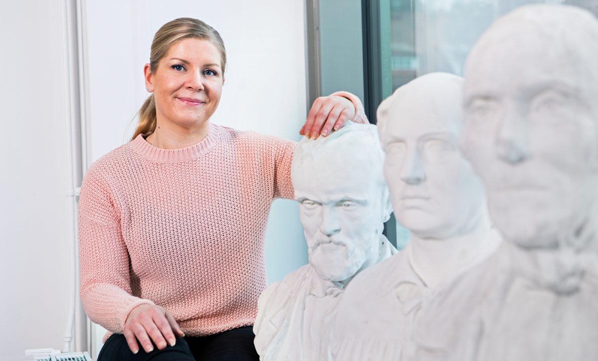 Maija Metiäinen käy lähiopetuspäivinä Äänekosken lukiolla.
