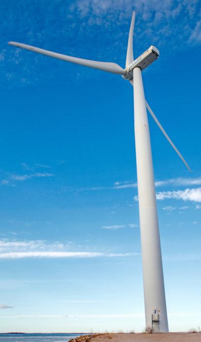 Uusiutuvan energian osuus kasvaa tällä vuosikymmellä huomattavasti.
