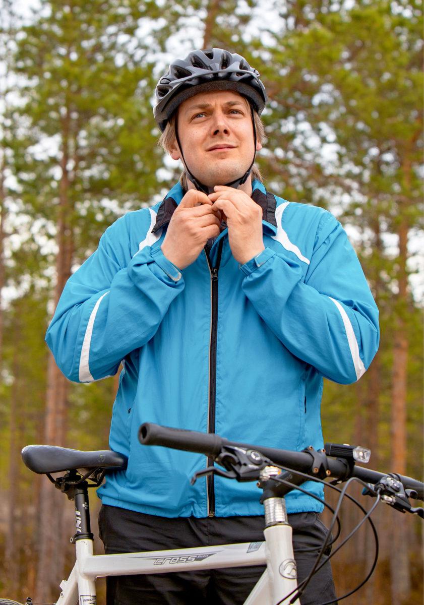 Matti Pitkänen on edennyt Wind Controllerilla teknisestä asiantuntijasta valvomopäälliköksi.
