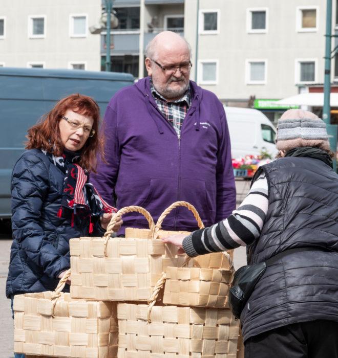 Porin tori on tullut tutuksi  Timo Ruokolle ja Pia Luovulalle  yli 20 vuoden työtoveruuden aikana.