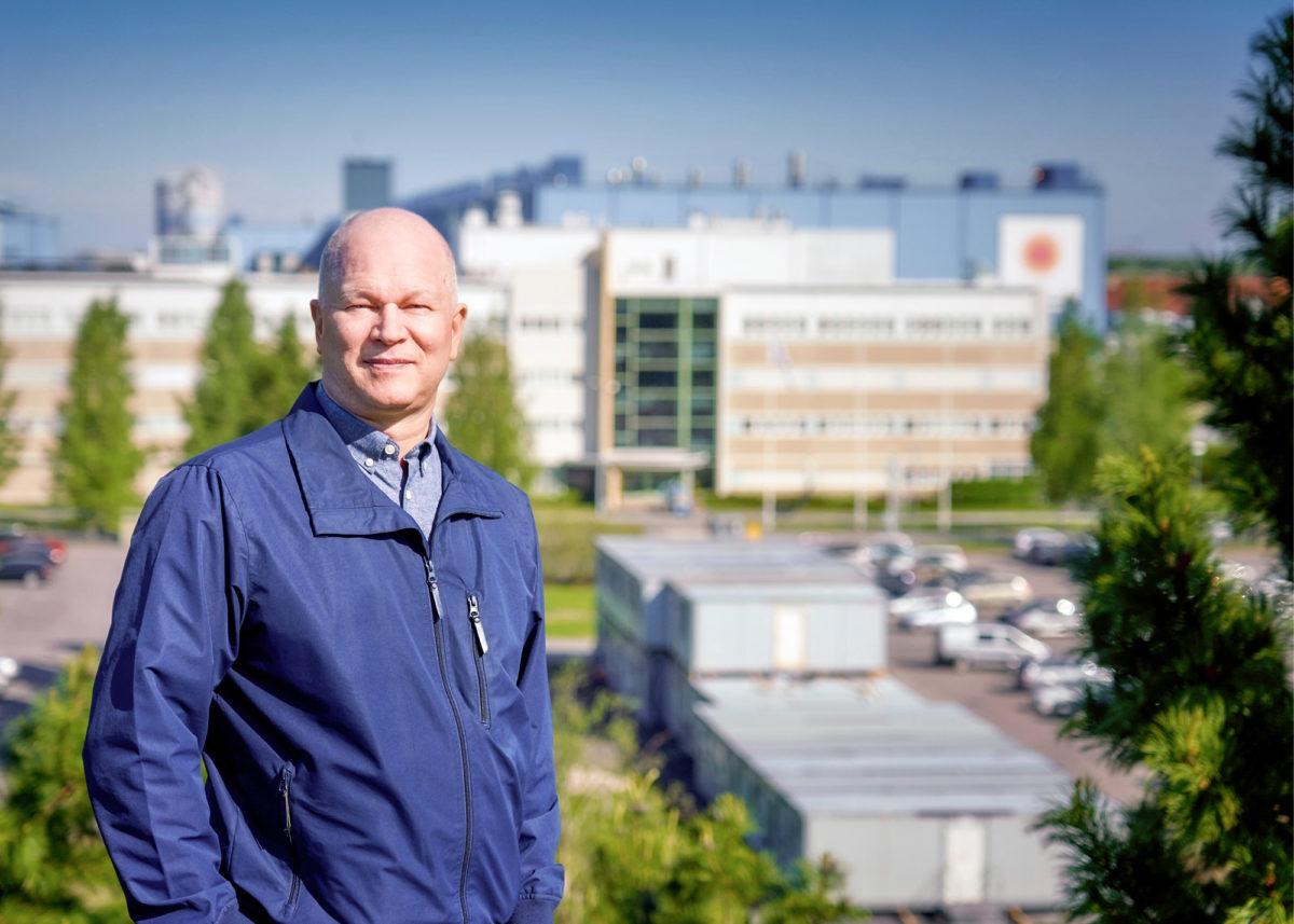 Ari Kettunen käy poikkeusaikana tehtaalla vain tarvittaessa.