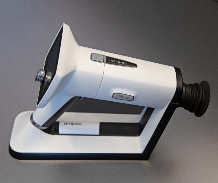 Silmänpohjakamera auttaa sokeuttavien silmäsairauksien diagnosointia.