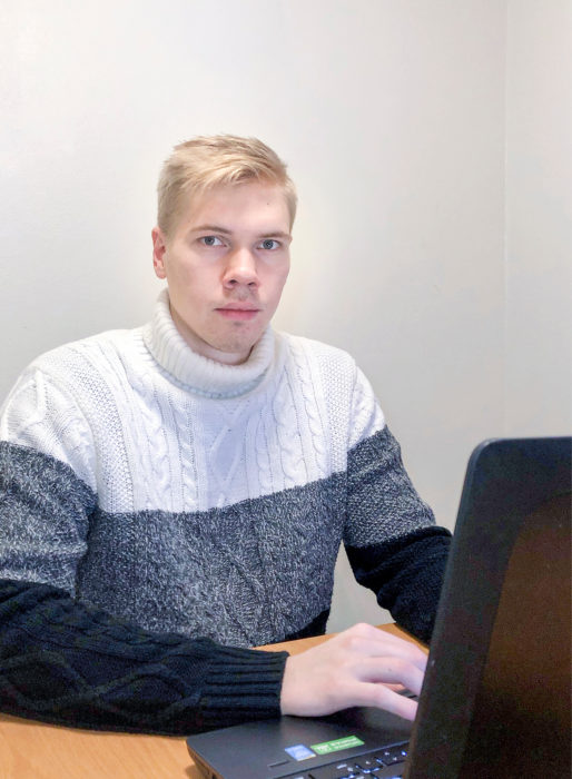 Aleksi Koivu jaksaa painaa pitkää päivää opintojen merkeissä.