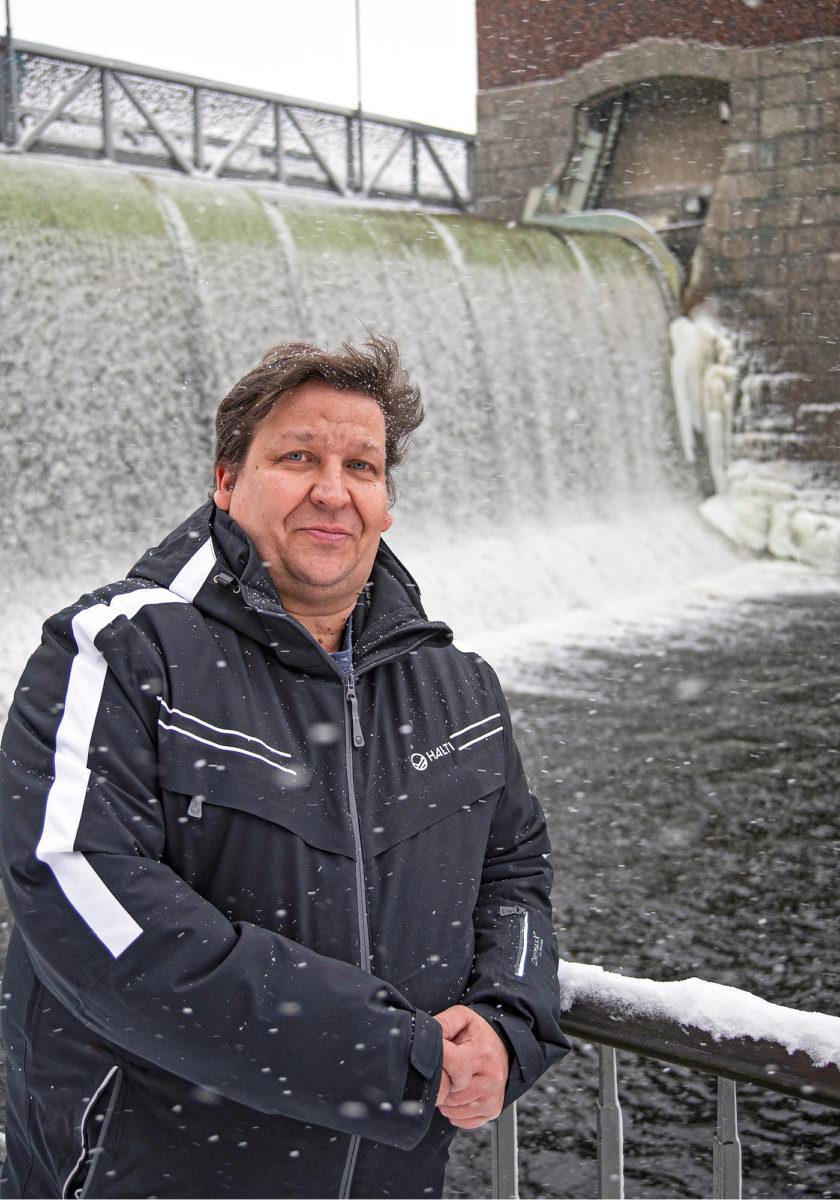 Petri Mölsä käy tarvittaessa toimistolla Tampereen keskustassa.