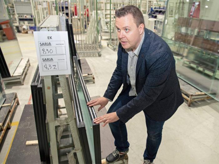 Jari Hakolan mukaan ikkunoiden energiatehokkuuden merkitys on korostunut.