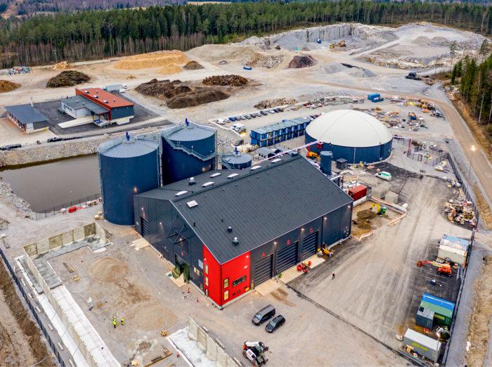 Lohjan biokaasulaitos tuottaa polttoainetta 4 000 autolle vuosittain.