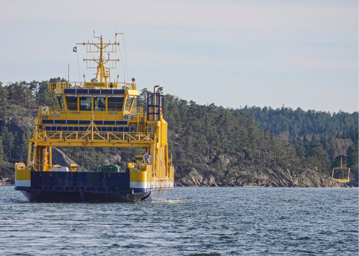 Paraisten ja Nauvon välillä liikennöivä Elektra on Suomen ensimmäinen, lähes kokonaan sähkökäyttöinen maantielautta.