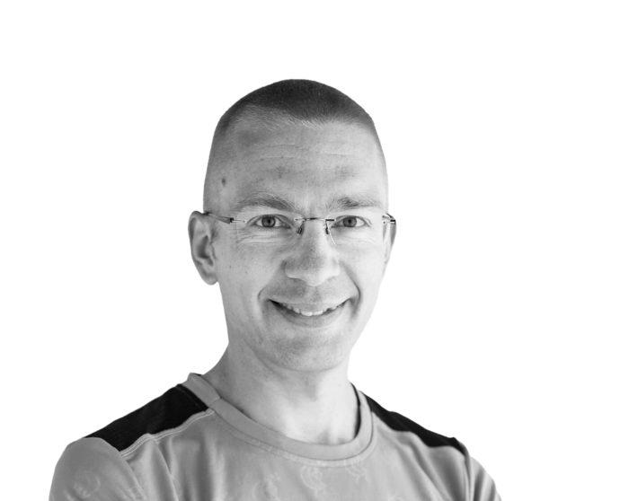 Karo Hämäläinen, kirjailija, sijoittamiseen erikoistunut vapaa toimittaja